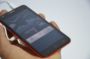 Alcatel One Touch Idol Ultra Hands-on