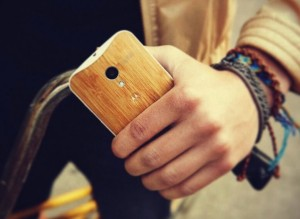 Motorola MotoX Wooden Panel Phone