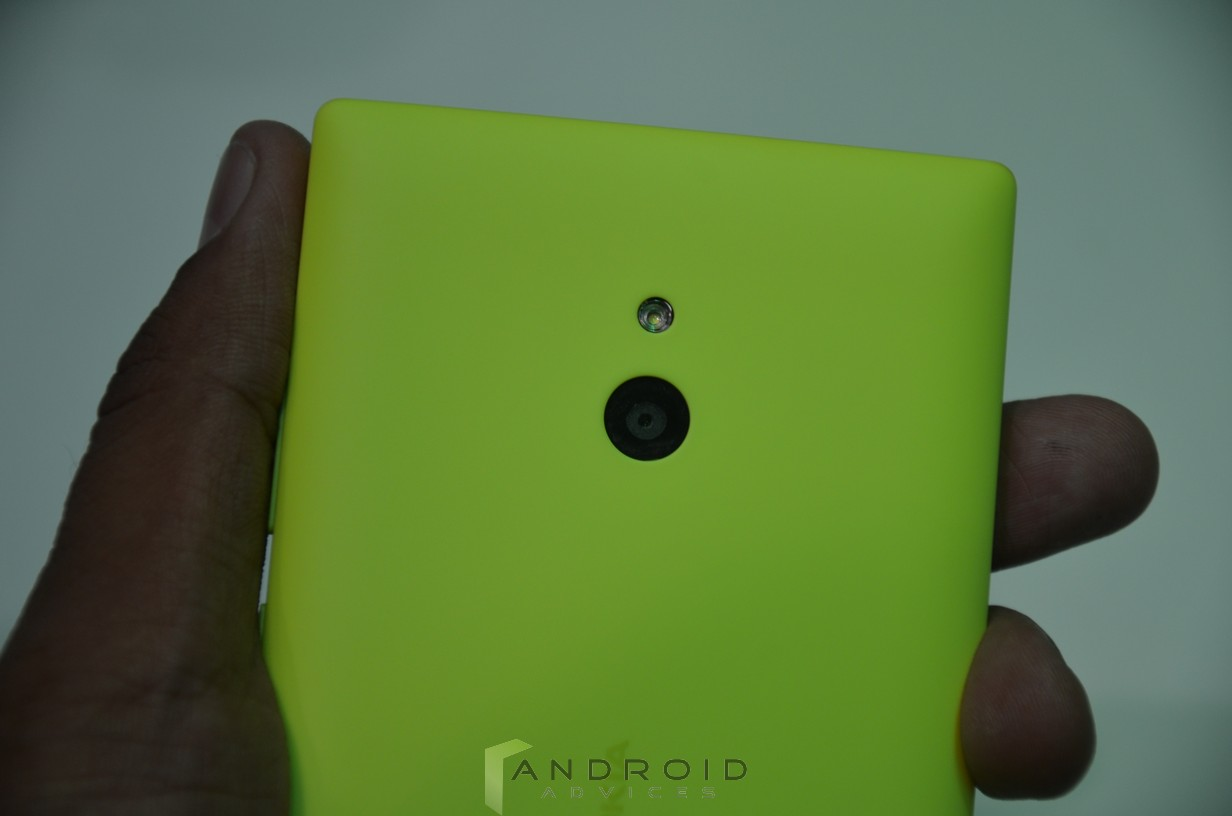 Nokia Xl Smartphone Hands On Photo Gallery Video And First Green Back Camera