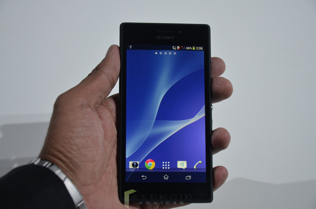 Sony Xperia M2 Front