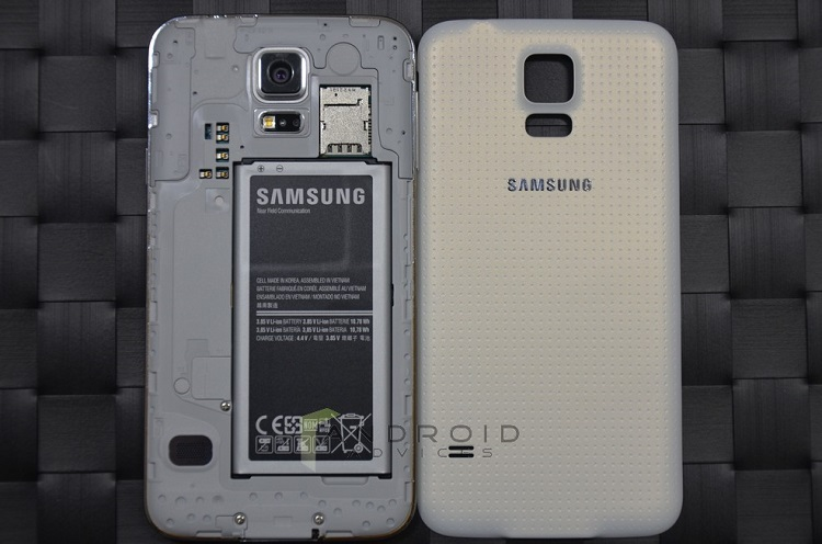 Samsung Galaxy S5 Back Area