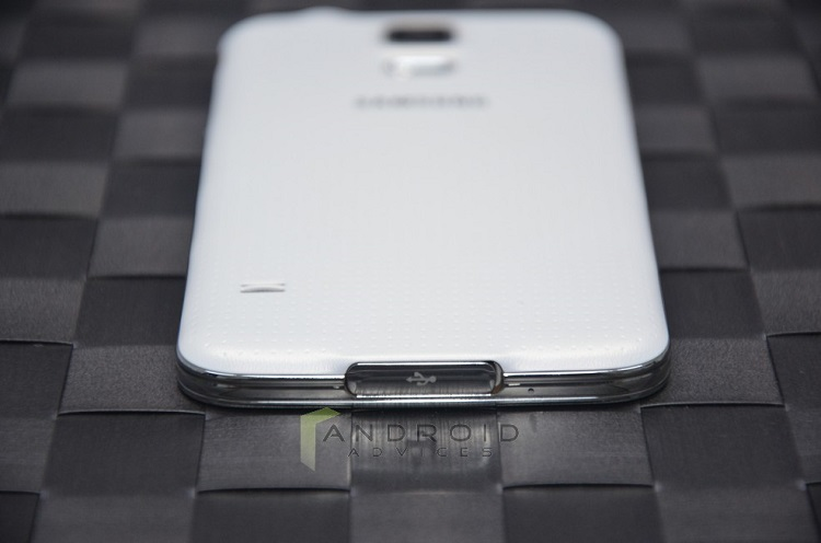 Samsung Galaxy S5 White Bottom